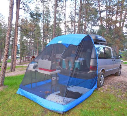 The TailVeil Is a Tent That Attaches To The Back of Your SUV or Minivan
