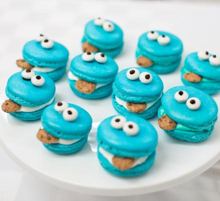 These Cookie Monster Macarons and Cupcakes Might Be Too Cute To Eat