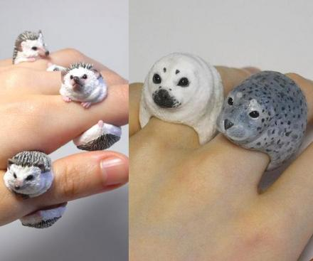These Cute Animal Rings Hug Your Fingers