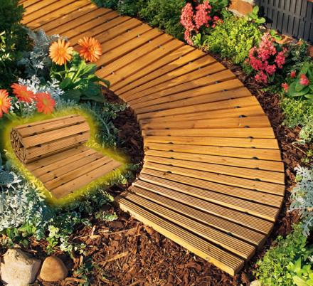 These Roll-Out Wooden Walkways Set Up In Seconds For a Beautiful Backyard Path