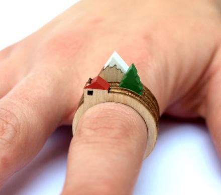 These Stackable Rings Let You Create Different Landscapes On Your Finger