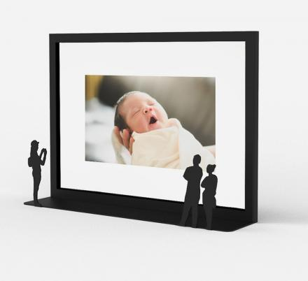 This Uniquely Designed Photo Frame Turns Your Picture Into an Art Gallery Piece