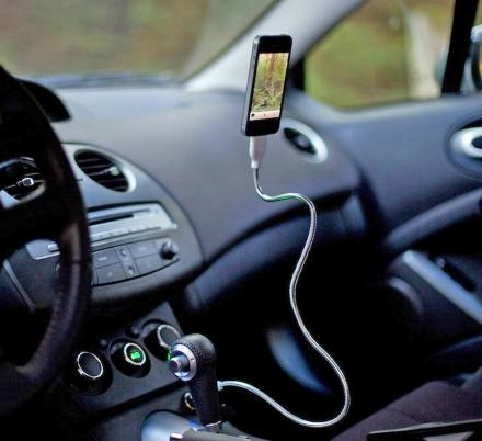 This Flexible Stainless Steel Charging Cable Doubles as a Phone Mount