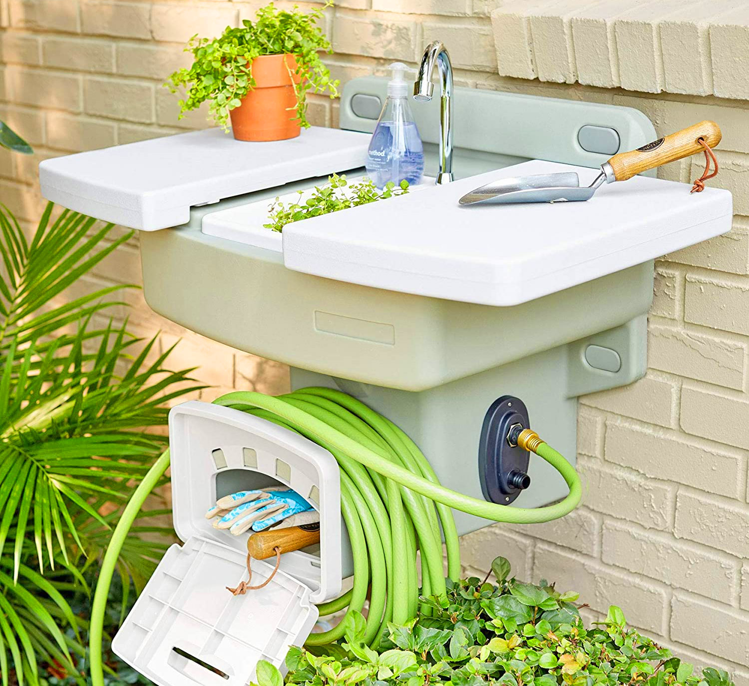 This Garden Hose Sink Gives You an Instant Outdoor Sink