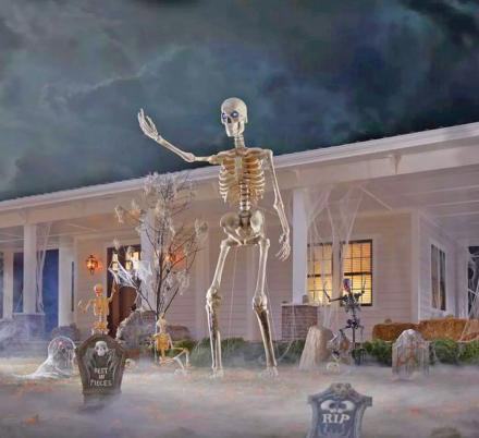 This Giant 12 Foot Skeleton Is The Ultimate Halloween Decoration For 2020
