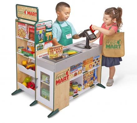 This Grocery Store Toy Lets Your Kid Become a Cashier