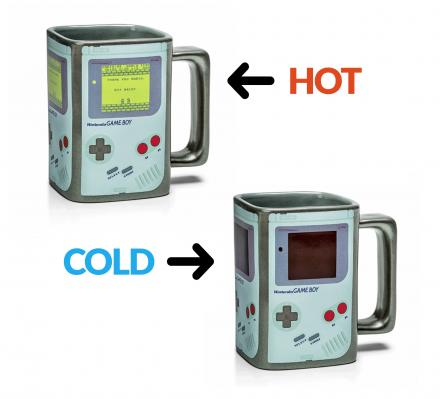 This Heat Changing Game Boy Coffee Mug Turns On When Hot Liquids Are Added