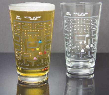 This Pac-Man Pint Glass Turns Colorized With Cold Liquid