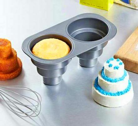 This Pan Lets You Create Mini Multi-Tiered Wedding Cakes