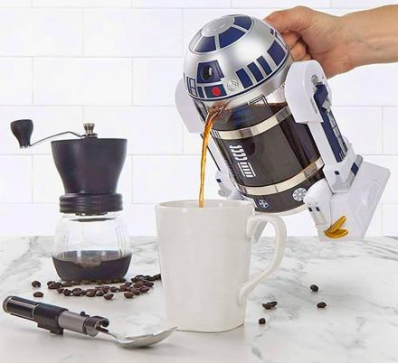 This R2-D2 Coffee Press Lets You Start Your Day In True Geeky Fashion