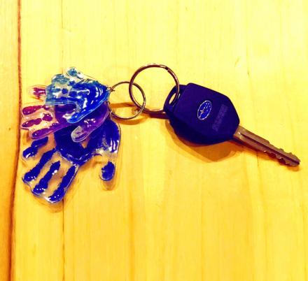 This Super Easy DIY Kid-Craft Turns Your Child's Hand-print Into a Key-chain