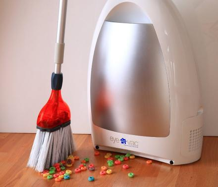 Eye-Vac: A Touch-less Vacuum That Eliminates The Need For a Dustpan