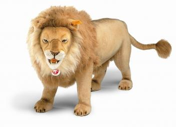 Life Sized Stuffed Male Lion