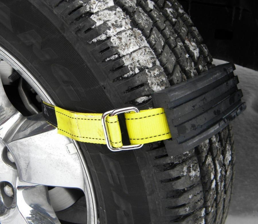 Trac Grabber Attaches To Your Car Tire To Get You Unstuck From