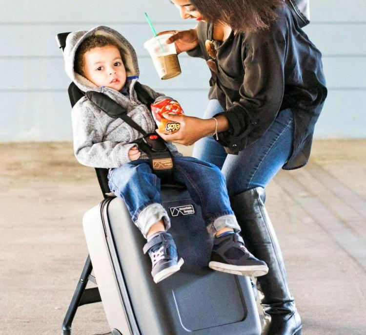 Buggy Bagrider: Tow Your Child On Your Luggage While Traveling