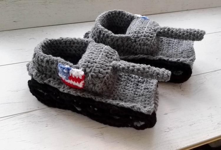 Crochet Tank Slippers - Funny tank shaped knit slippers