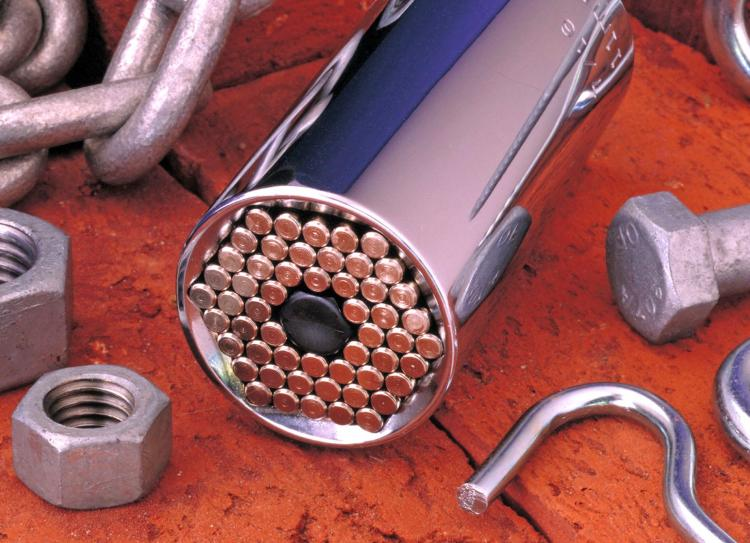 Gator Grip: A Universal Socket Wrench That Adjusts To Any Shape or Size