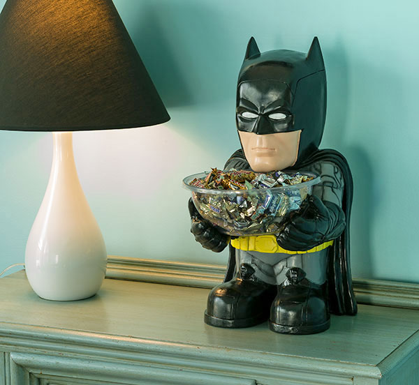 Mini Batman Standing Candy Bowl