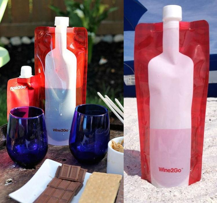 Wine2Go: A Foldable Wine Flask