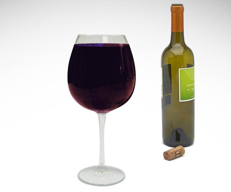 Wine Glass That Holds a Full Bottle Of Wine