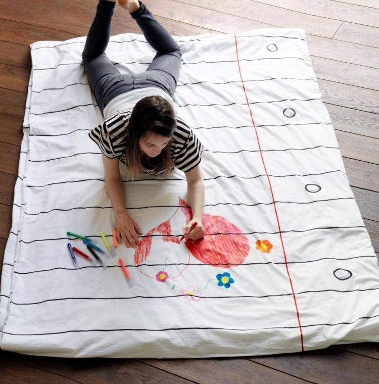 Doodle Duvet Lets You Draw On Your Bed