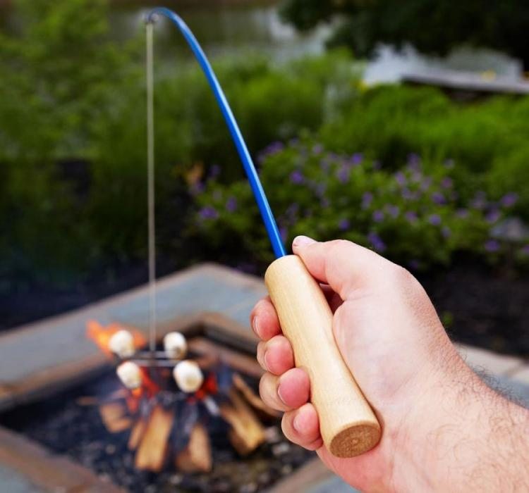 Campfire Fishing Pole Roaster