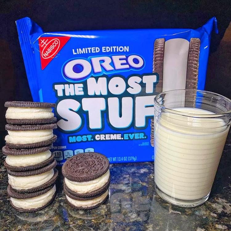 4x Maximum Stuffed Oreo Cookies - Biggest Oreo Cookies - The Most Stuff Oreo