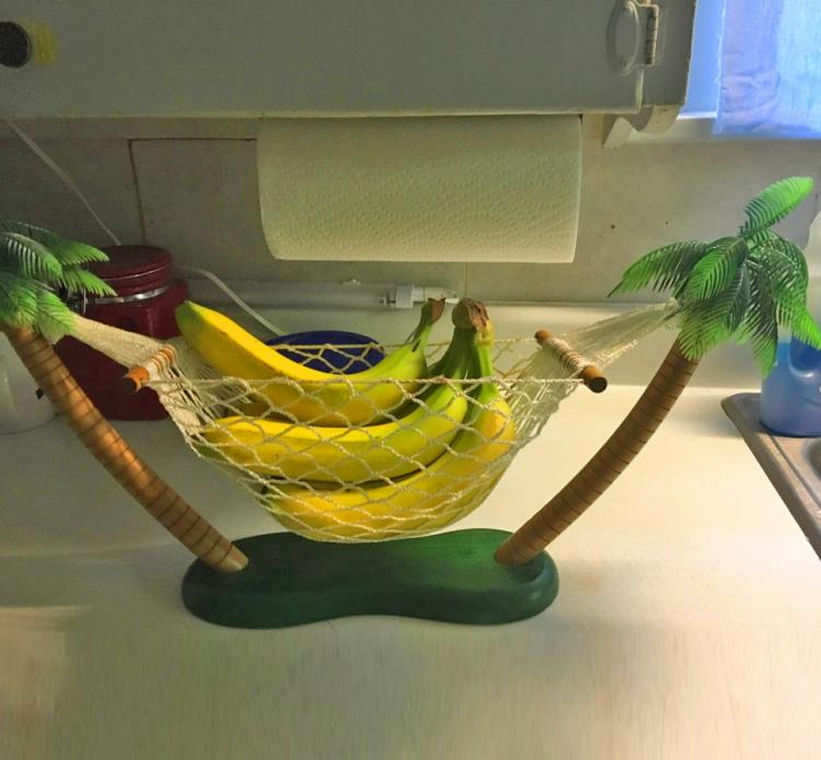Actual Banana Hammock - A hammock for your bananas to ripen in