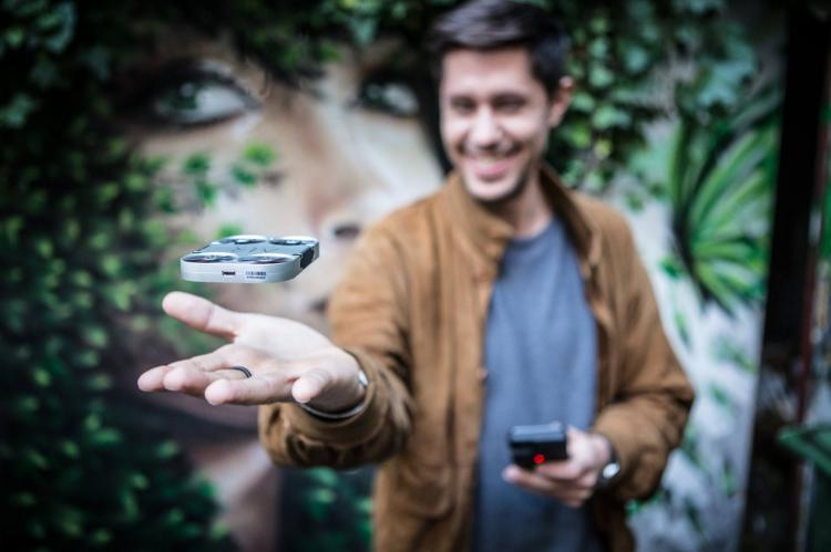 Air PIX Pocket Sized Drone Lets You Get The Perfect Selfie - Tiny selfie camera quadcopter