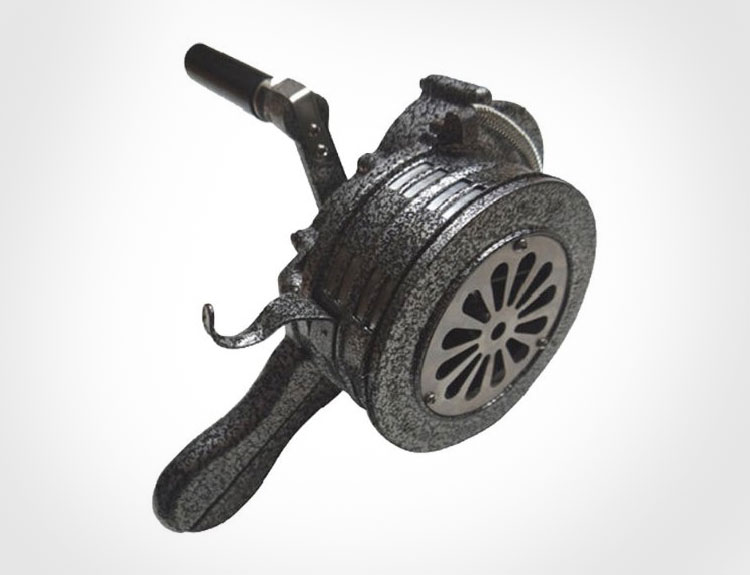 Air-Raid Warning Hand Crank Siren - WW2 War Siren