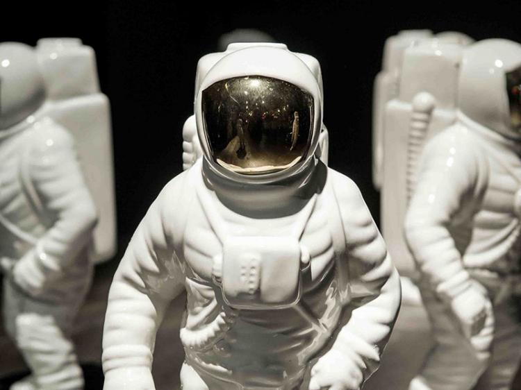 Astronaut Flower Vase