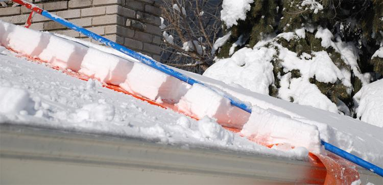 Avalanche Tool Remove Snow From Your Roof While On The Ground