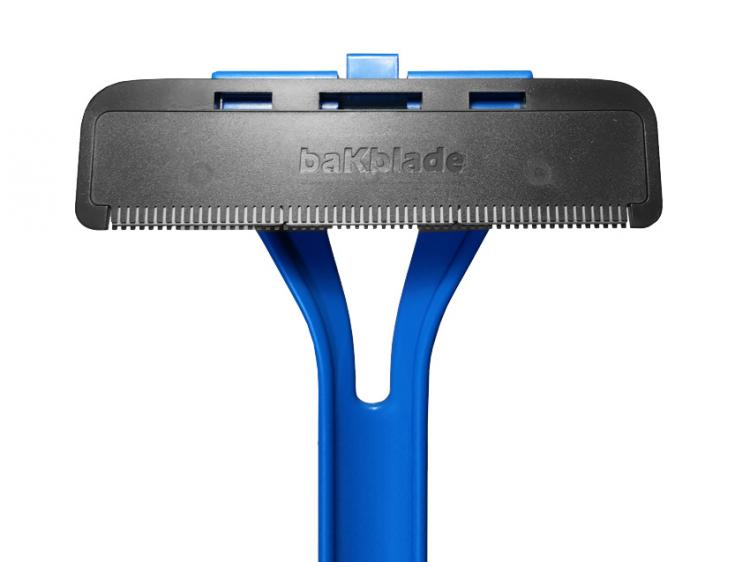 Bakblade is an extra long shaver to shave your own back easiest and most effective back shaver introducing bakblade solutioingenieria Gallery