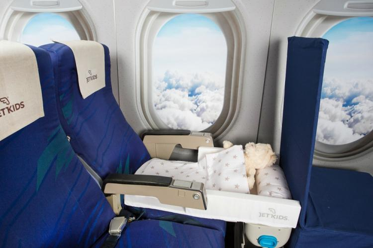 Bedbox Ride On Child Luggage Doubles As An Airplane Seat Bed