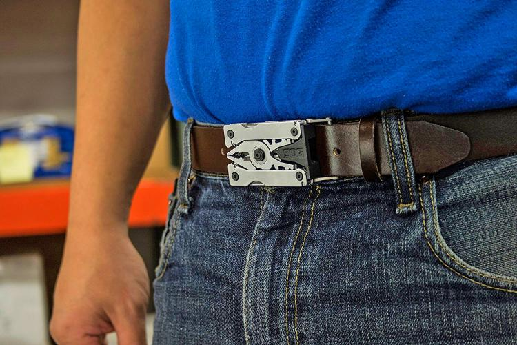 SOG Sync II - Belt Buckle Multi-tool - Belt buckle that's filled with tools