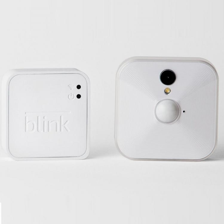 Blink Home Security Camera - Camera powered by 2 AA batteries - home camera only records when movement is detected