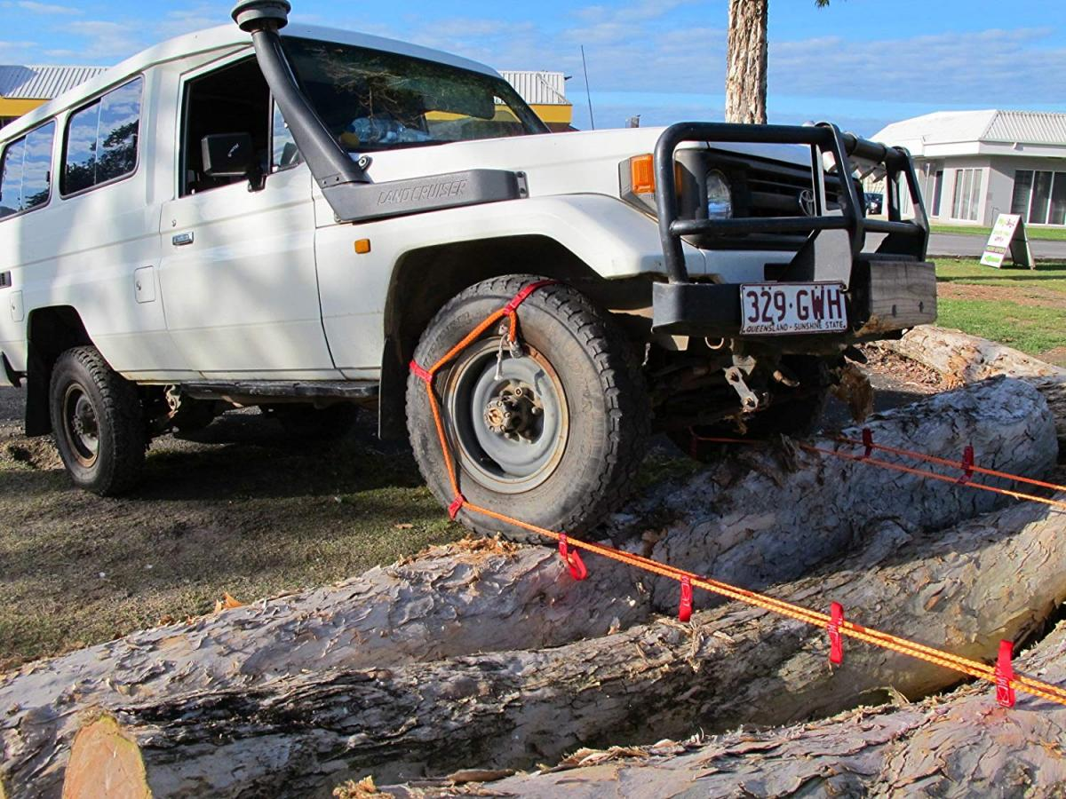 Bog Out Turns Your Wheel Into a Winch To Get You Unstuck in mud, sand, and snow