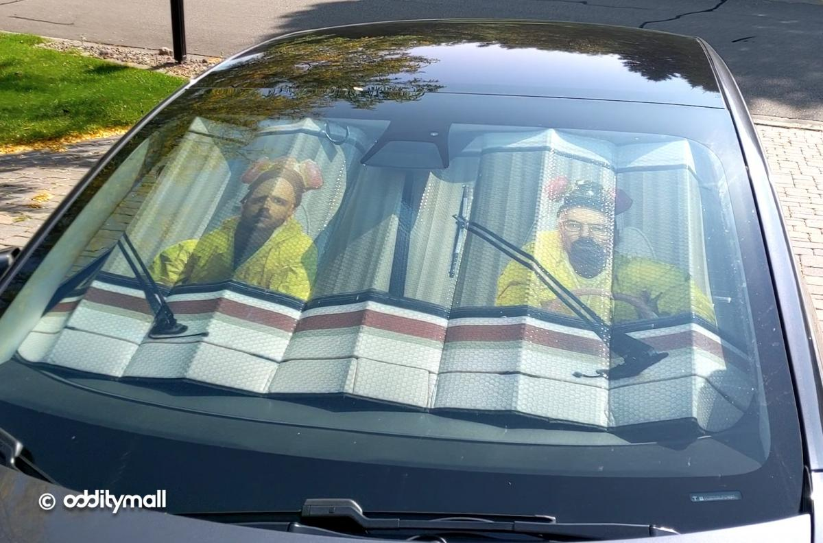 Breaking Bad RV Sunshade - Walt and Jess In RV Sunshade