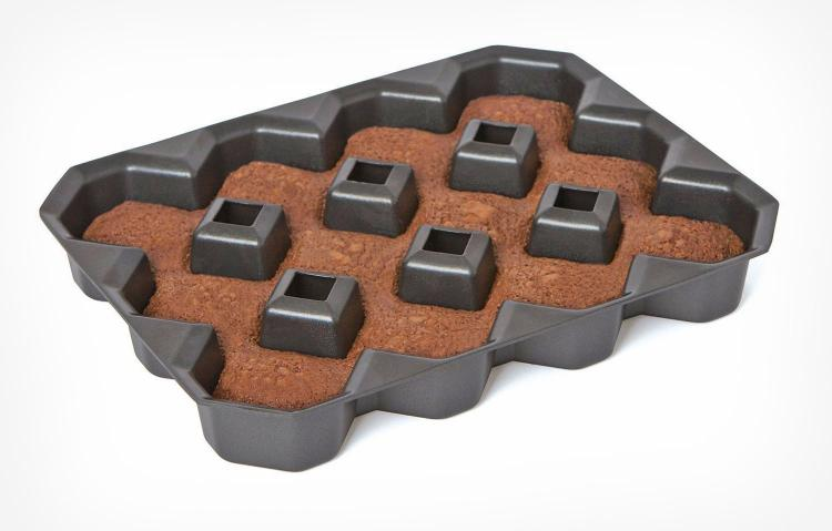 Add Edges Diamond Shaped Brownie Pan
