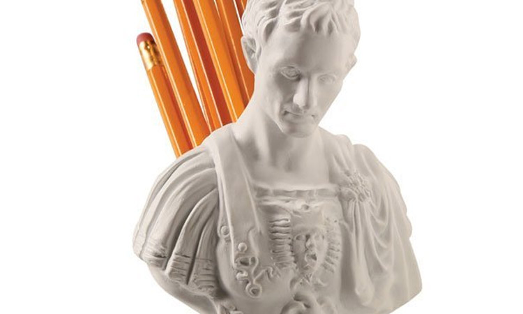 Julius Caesar Stabbed In The Back Pen and Pencil Holder - Ides Of March Utensil Holder