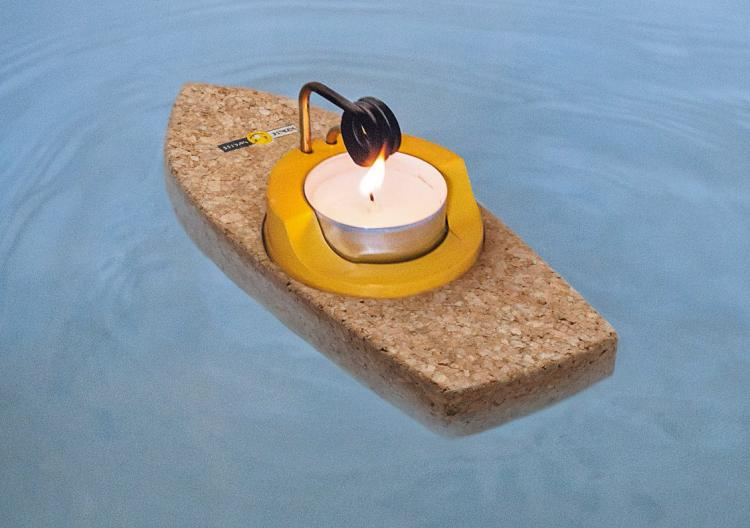 candle powered cork steamboat