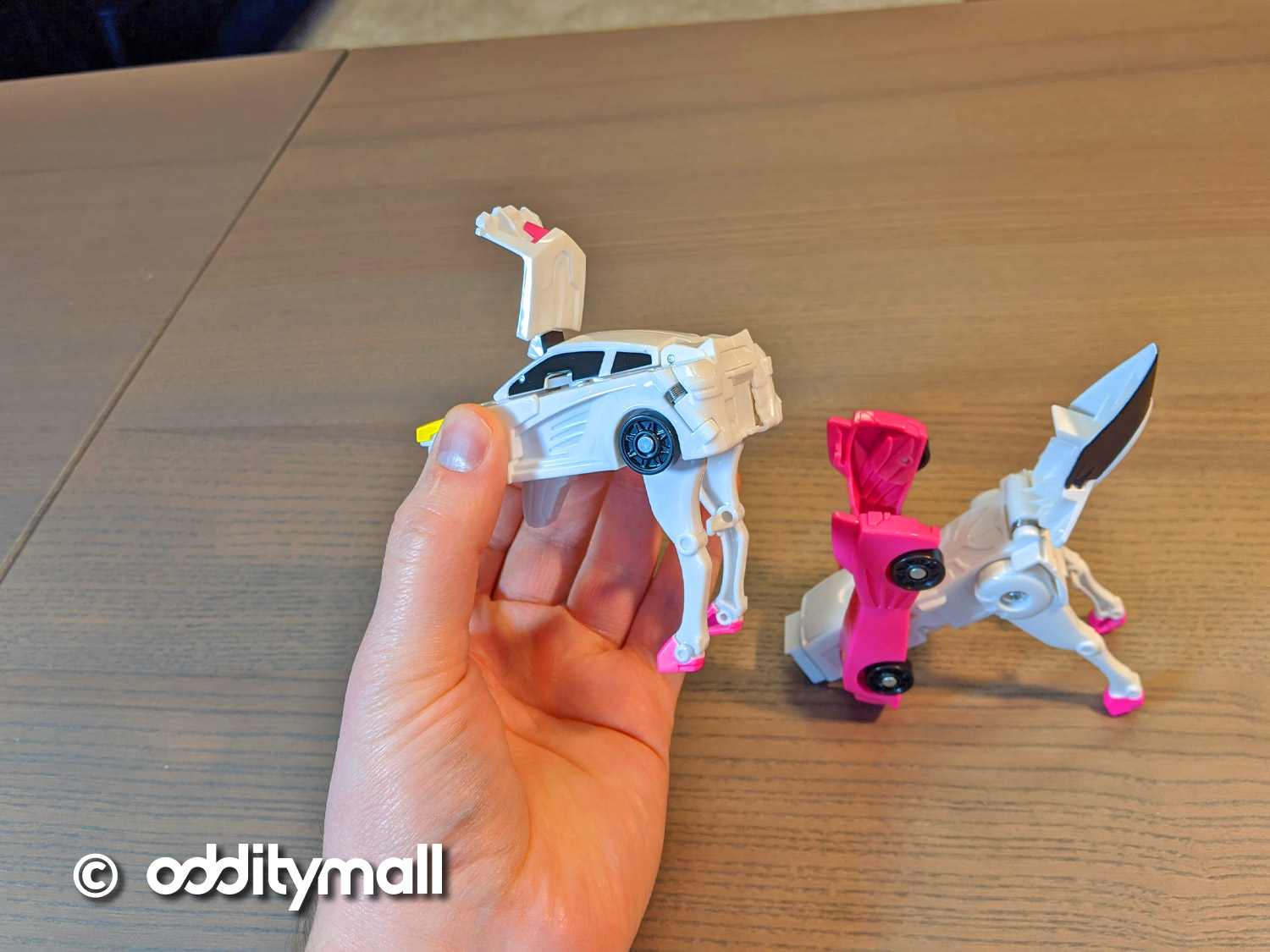CarBot Magnetic Cars That Transform Into a Unicorn - Magnetic transforming toy