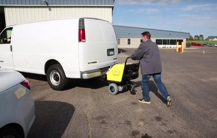 CarCaddy Electric Car Pusher - stalled car automatic car mover
