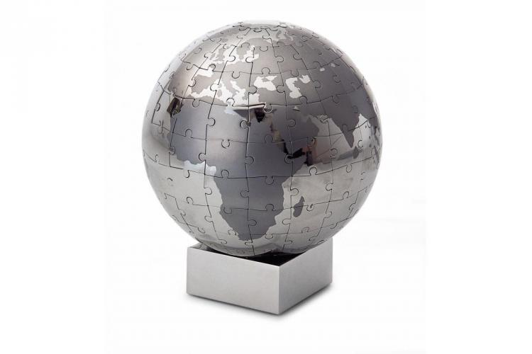 Chrome Magnetic Globe Puzzle