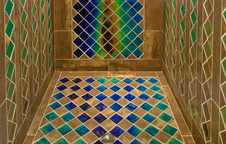This Shower Tile Changes Color Depending On The Temperature of the Water