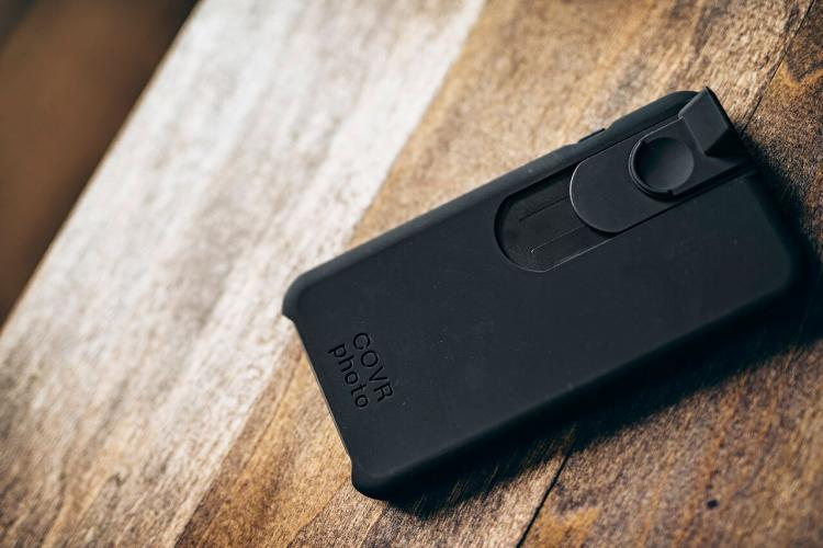 Covr iPhone Case - Take Discreet Creeper Photos and Videos With Your iPhone