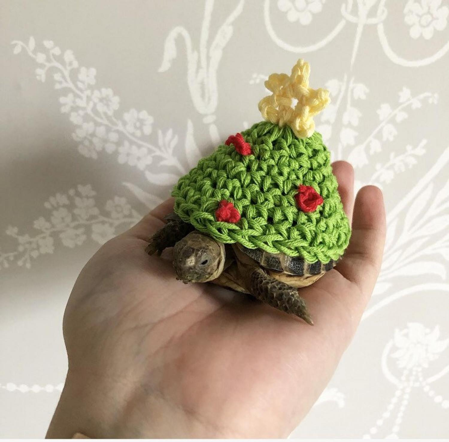 Crochet Turtle Sweater - Christmas Tree tortoise cozy