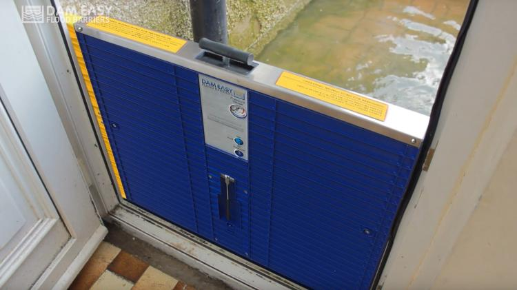 Dam Easy Flood Barrier Door Dam - Quick Install Flood water protection for the home