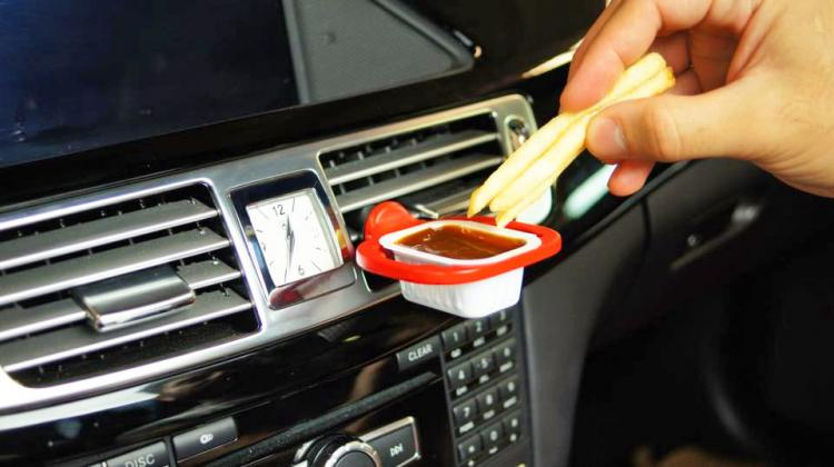 DipClip - Car Vent Dipping Sauce Holder