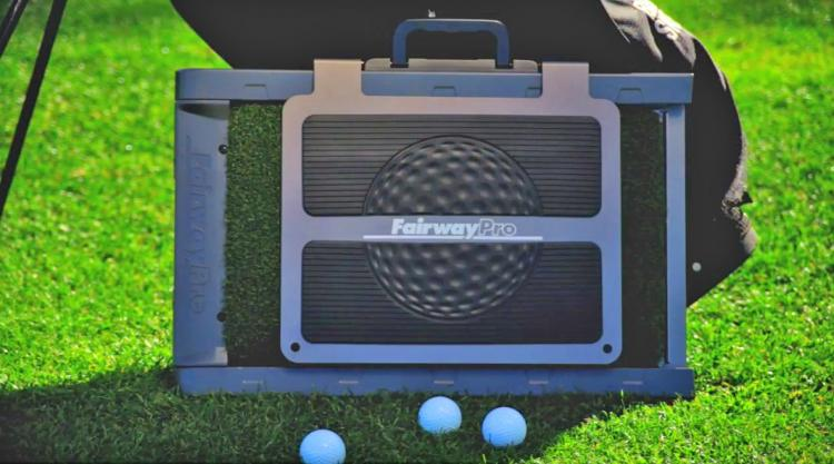 Fairway Pro - Divot Simulating Golf Mat Prevents Replacing Divots